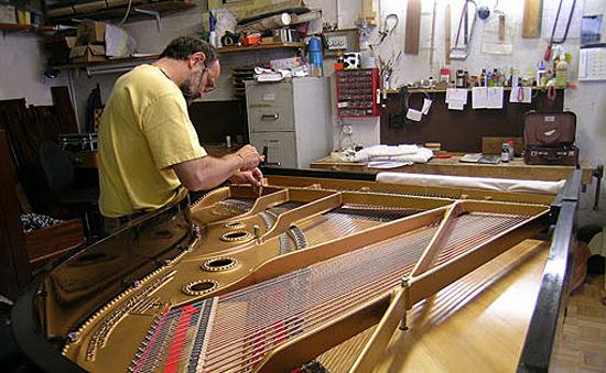 La bottega del pianoforte sa in bironico adresse & Öffnungszeiten