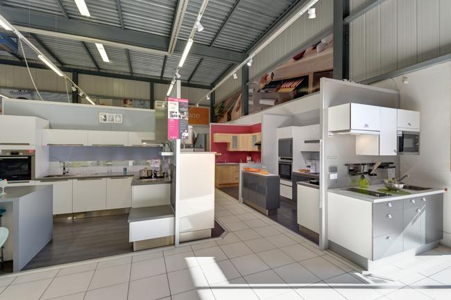 lapeyre sa adresse u horaires duouverture sur localch with lapeyre suisse. Black Bedroom Furniture Sets. Home Design Ideas