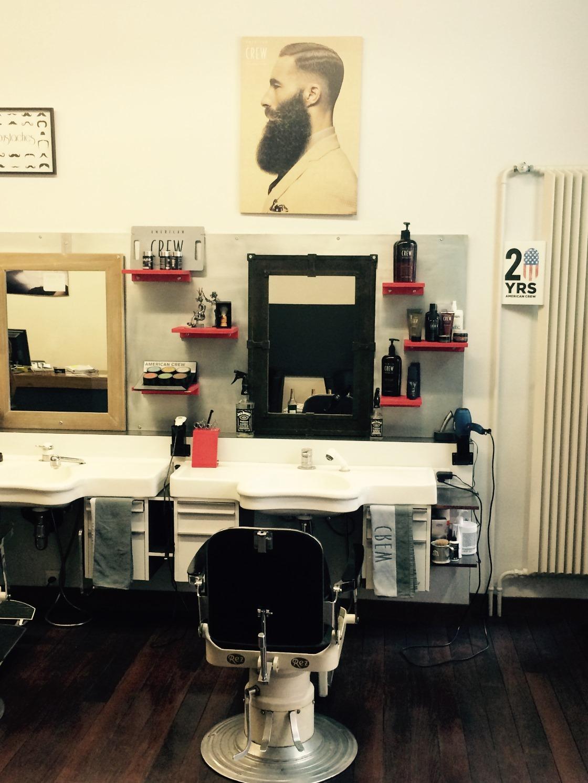 Barber shop Salon Moderne Sàrl à La Chaux-de-Fonds - Adresse ...