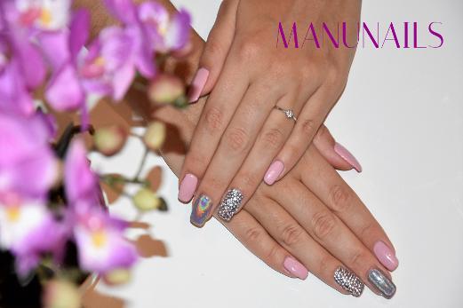 Manu Nails